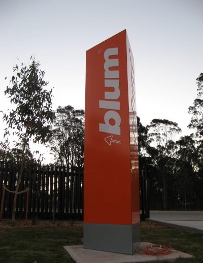 Building signs for Blum