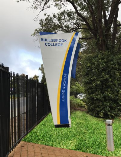 Building Signs for Bullsbrook College