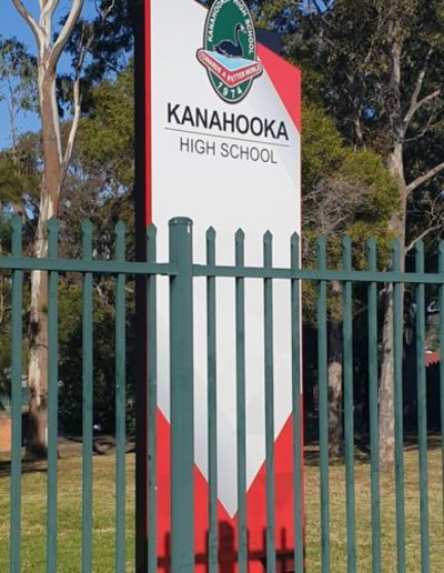 Building signs for Kanahooka high school